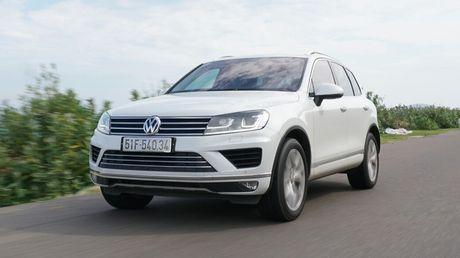 Den thanh pho bien Nha Trang cung Volkswagen - Anh 2