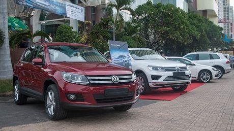 Den thanh pho bien Nha Trang cung Volkswagen - Anh 3