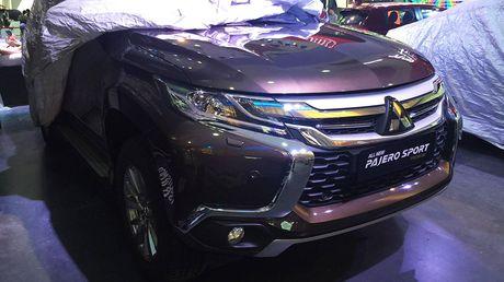"Mitsubishi Pajero Sport lo ""anh nong"" tai Ha Noi - Anh 2"
