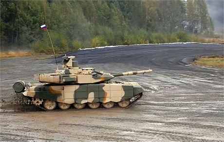 Viet Nam mua hang tram xe tang T-90MS - Anh 1