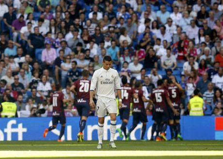 "Real sa sut: 5 ""bai toan kho"" cua Zidane - Anh 4"