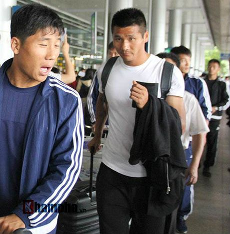 Trieu Tien, doi bong bi an nhat the gioi, den Viet Nam - Anh 7