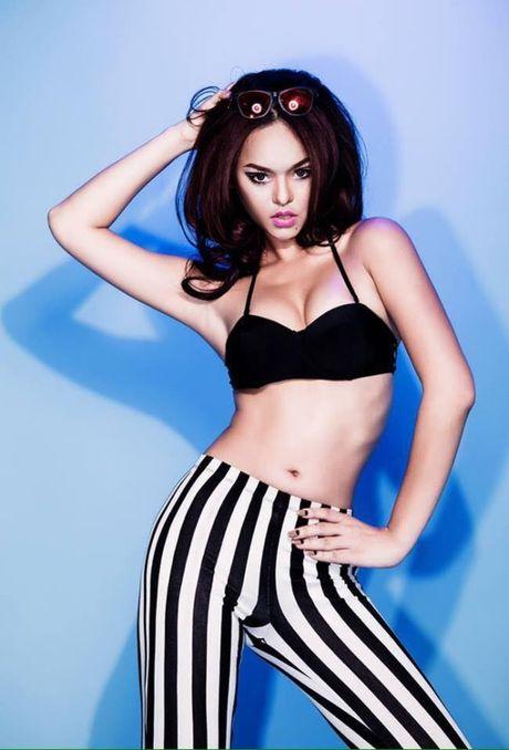 Thuong thuc tron bo anh bikini moi nhat cua Mai Ngo - Anh 9