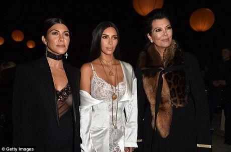 Kim Kardashian bi nghi dan xep vu cuop nhu phim Hollywood - Anh 1