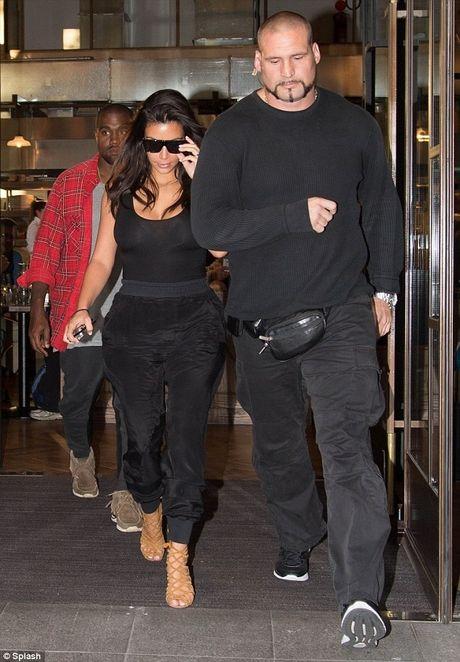Kim Kardashian bi nghi dan xep vu cuop nhu phim Hollywood - Anh 3