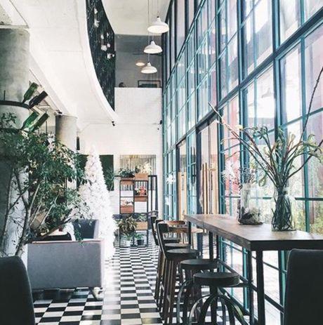 M2C Bistro & Coffee: Su hoa quyen giua phong cach hien dai va van hoa ca phe cua nguoi Sai Gon - Anh 2