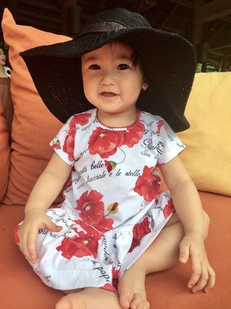 Vo chong Ha Kieu Anh di du lich cung con chung, con rieng - Anh 5
