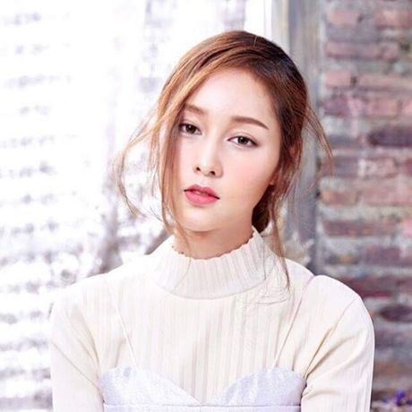 Lady Blossom - My nhan chuyen gioi dep tua nu than cua The Face Thailand - Anh 2