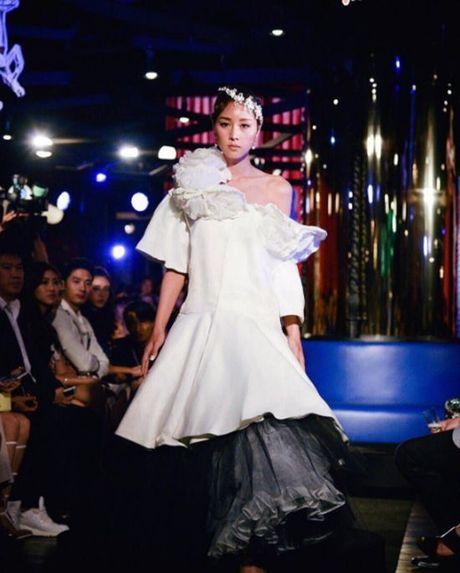 Lady Blossom - My nhan chuyen gioi dep tua nu than cua The Face Thailand - Anh 6