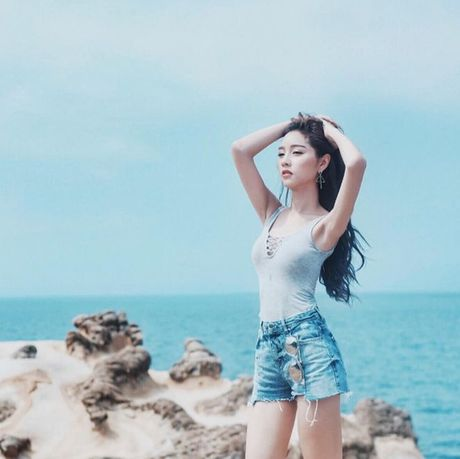 Lady Blossom - My nhan chuyen gioi dep tua nu than cua The Face Thailand - Anh 9