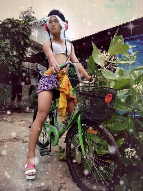 'Tham hoa thoi trang' rung dong Thai Lan mot thoi gay bat ngo voi giong ca khung - Anh 1
