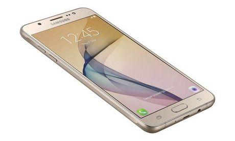 Samsung ra Galaxy On8 cau hinh manh, gia 239 USD - Anh 1