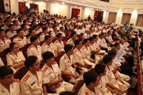 Canh sat PCCC TP.HCM nhan huan chuong Bao ve To quoc - Anh 5