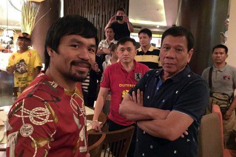 Vo si huyen thoai Pacquiao: Duterte duoc Chua lua chon - Anh 2
