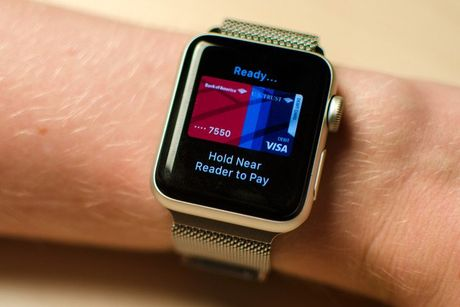 Thieu ung dung hay, Apple Watch e dai co - Anh 1