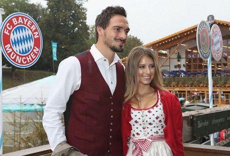 Sao Bayern Munich va Wags tung bung trong le hoi bia Oktoberfest - Anh 8