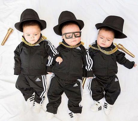 "Hinh anh dang yeu cua nhung ""hat dau"" sinh ba trong trang phuc do me thiet ke - Anh 4"