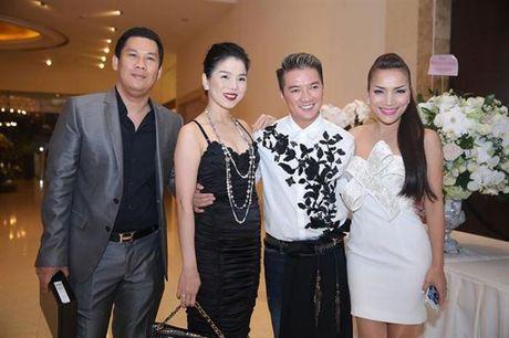 Den sinh nhat Dam Vinh Hung cung mang nang ap luc ky luc - Anh 14