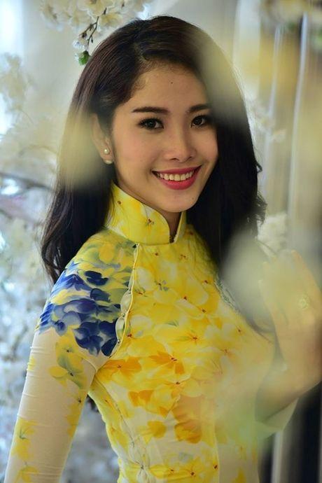 Showbiz 4/10: Chau Nhuan Phat gia nua, Midu co yeu Harry Lu? - Anh 2
