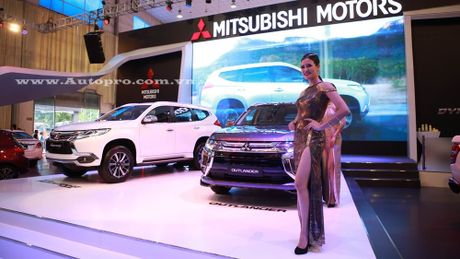 Pajero Sport la linh hon cua gian hang Mitsubishi tai trien lam VMS 2016 - Anh 1