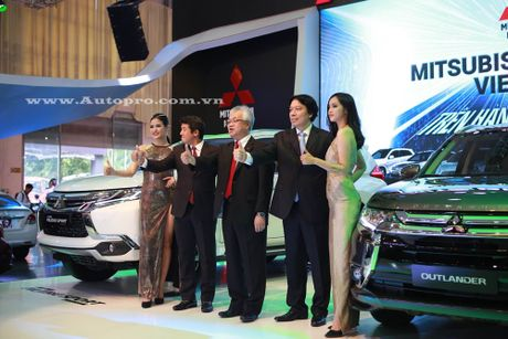 Pajero Sport la linh hon cua gian hang Mitsubishi tai trien lam VMS 2016 - Anh 3