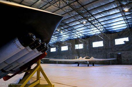 Chiem nguong mau UAV tang hinh Iran khien My 'chet ngat' - Anh 6