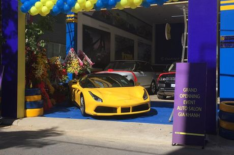 'Tam hoang' sieu xe tien ty Lamborghini, Ferrari tai Ha Noi - Anh 10