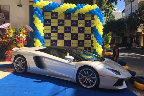 'Tam hoang' sieu xe tien ty Lamborghini, Ferrari tai Ha Noi - Anh 4