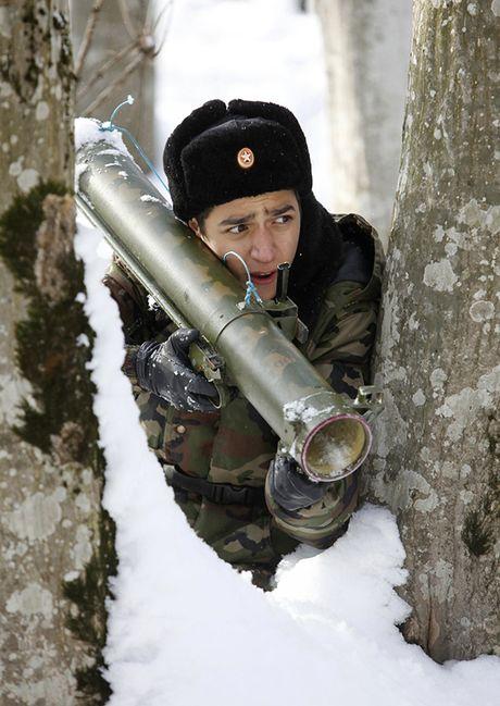Dot nhap 'truong thieu sinh quan' danh cho tre em Nga - Anh 12