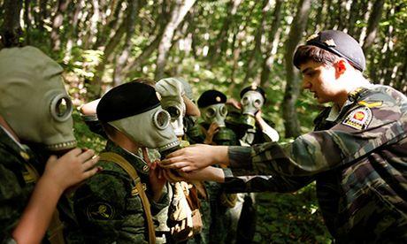 Dot nhap 'truong thieu sinh quan' danh cho tre em Nga - Anh 13
