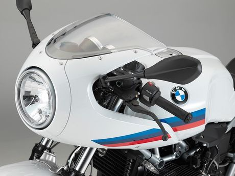 BMW R nine T co them ban cafe racer gia re - Anh 2