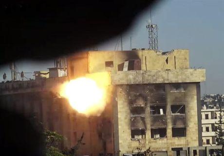 Can canh cuoc phan cong cua quan doi Syria giua long Aleppo - Anh 2