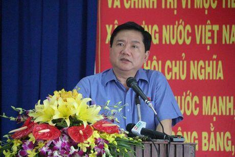 Bi thu Dinh La Thang tra loi cu tri ve vu an Trinh Xuan Thanh - Anh 2