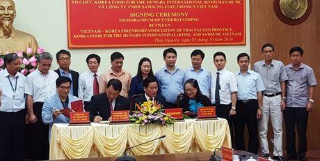 300 hoc sinh ngheo Thai Nguyen se co noi hoc tap moi - Anh 1