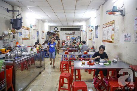 2 quan chao muc binh dan ma ngon 'chuan khong can chinh' cho ngay mua Sai Gon - Anh 11