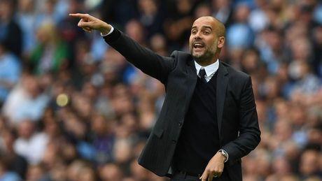 Pep Guardiola ra luat 'chang giong ai' tai Man City - Anh 1