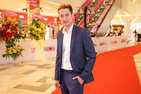 Ngoc Trinh, Maya cuon hut kho cuong tren tham do ra mat phim - Anh 14