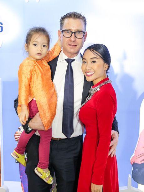 Ngoc Trinh, Maya cuon hut kho cuong tren tham do ra mat phim - Anh 15