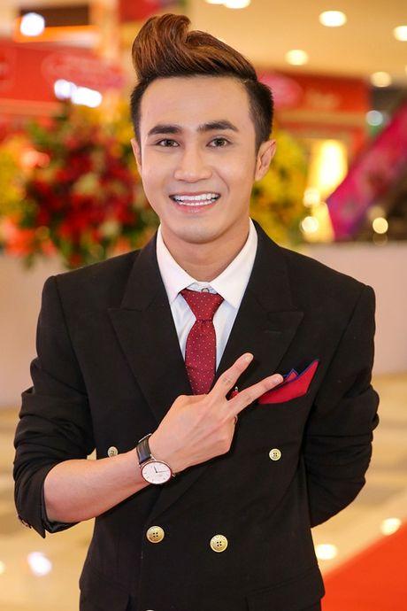 Ngoc Trinh, Maya cuon hut kho cuong tren tham do ra mat phim - Anh 7