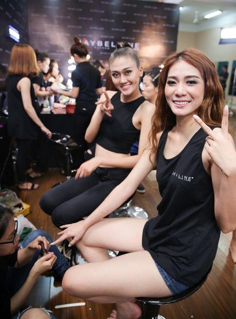 Hau truong chung ket Vietnam's Next Top Model 2016: Chuyen chua ke - Anh 1