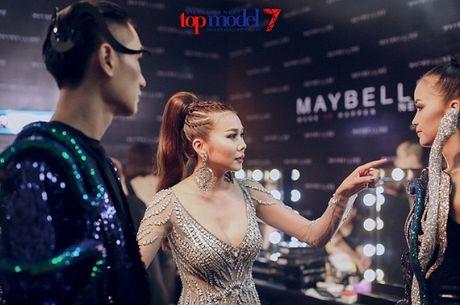 Hau truong chung ket Vietnam's Next Top Model 2016: Chuyen chua ke - Anh 9