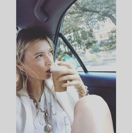 Sharapova se tro lai day nong bong trong nam 2017 - Anh 12