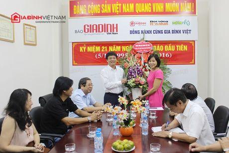 Bao GDVN gap mat than mat cac the he lanh dao, PV, BTV nhan dip 21 nam thanh lap - Anh 1