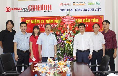 Bao GDVN gap mat than mat cac the he lanh dao, PV, BTV nhan dip 21 nam thanh lap - Anh 5