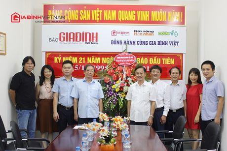 Bao GDVN gap mat than mat cac the he lanh dao, PV, BTV nhan dip 21 nam thanh lap - Anh 6