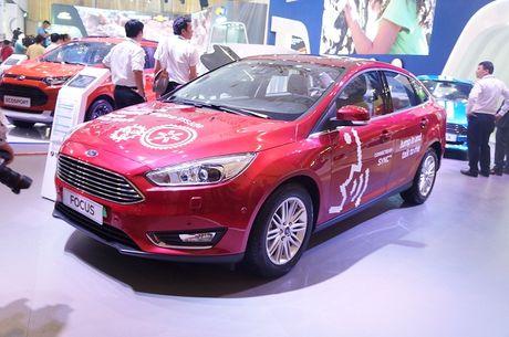 Vietnam Motor Show 2016: Hang loat mau xe dinh cao lan dau xuat hien - Anh 2