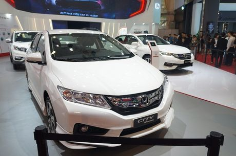 Vietnam Motor Show 2016: Hang loat mau xe dinh cao lan dau xuat hien - Anh 4