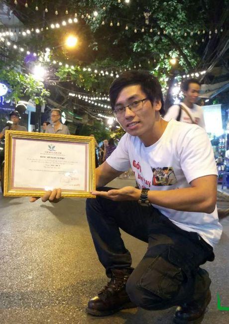Hot rac, hat rong – nhung nguoi lam dep cho Ha Noi - Anh 4