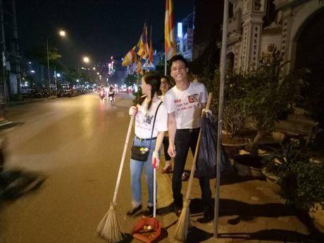 Hot rac, hat rong – nhung nguoi lam dep cho Ha Noi - Anh 5