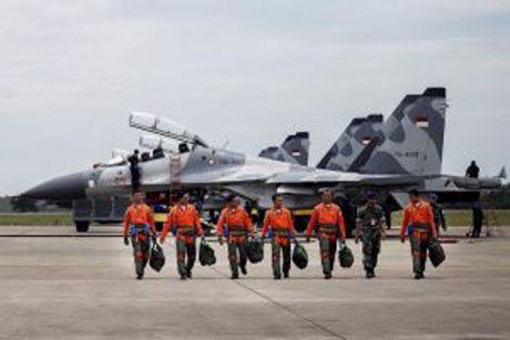 Indonesia tap tran khong quan lon tai Bien Dong - Anh 1